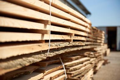 Schnittholz Holzbretter