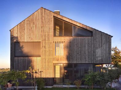 Fassadendielen am Holzhaus