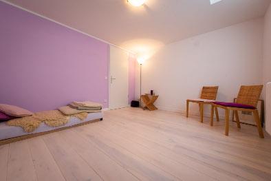 weißer Holzboden aus Esche